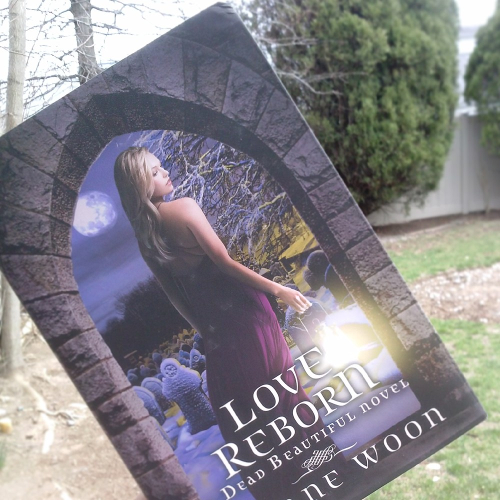 Love Reborn by Yvonne Woon | Review/BookTalk